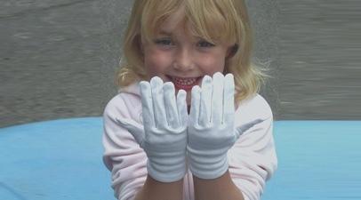 Cotton gloves 2 catpic header