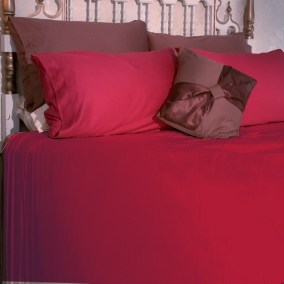 Click to enlarge - Allergy Friendly Bamboo Bed Linen in Cranberry Red