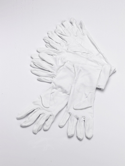 Click to enlarge - Babies white cotton gloves, toddlers white cotton gloves