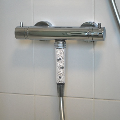 Click to enlarge - Improved Universal easy fit shower filter